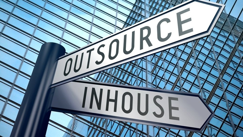 Hvilke servicetjenester er det vanlig å outsource?